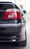 Hintergrundbeleuchtung des Autos Stockfotografie