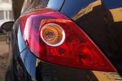 Hintergrundbeleuchtung des Autos Stockbilder