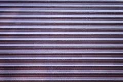 Hintergrundbeschaffenheit von abgeriebenen Shopfensterläden Lizenzfreies Stockfoto