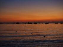 Hintergrundsonnenuntergang-Seeschatten Lizenzfreies Stockfoto