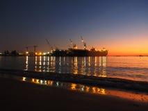 Hintergrundsonnenuntergang-Seeschatten Stockfotografie
