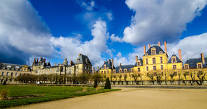 Hinterhof des Chateaus Fontainebleau Stockfotografie