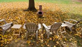 Hinterhof im Herbst Lizenzfreies Stockbild