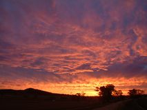 Hinterland-Sonnenuntergang Lizenzfreie Stockbilder