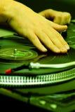 Hip-hop DJ que rasguña el expediente imagen de archivo libre de regalías