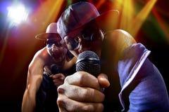 Hip Hop konsert med rappare arkivbilder
