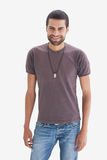 Hip young man smiling Royalty Free Stock Photography