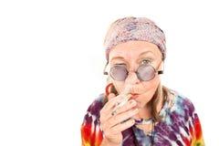 hippie γυναικείο ανώτερο κάπνι Στοκ φωτογραφία με δικαίωμα ελεύθερης χρήσης