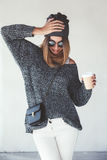 Hippie-Mädchenausstattung stockbilder