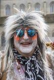 Hippie - man som hippie på karneval arkivbilder