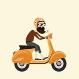 Hippie-Mann mit gelbem Roller Lizenzfreie Stockfotos