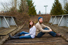 Hippie-Paare, die glücklich schauen Lizenzfreies Stockfoto