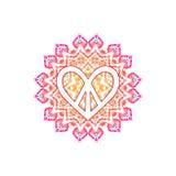 Hippiefriedenssymbol in Form des Herzens über aufwändiger Mandala Stockbilder