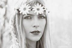Hippy flicka - stil 1970 Fotografering för Bildbyråer
