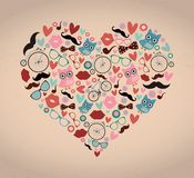 Hipster Doodles που τίθεται στη μορφή καρδιών διανυσματική απεικόνιση