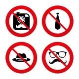 Hipster photo camera icon. Glasses symbol Royalty Free Stock Photo
