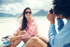 Hipster photography couple Royalty Free Stock Photography