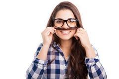 Hipsterflicka med en mustasch fotografering för bildbyråer
