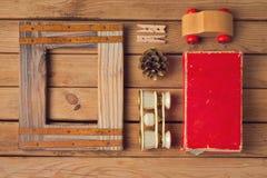 Hipsterlivsstil Tappning och modern objektsamling övre sikt Royaltyfri Fotografi