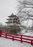 Hirosaki slott från avståndet royaltyfria foton
