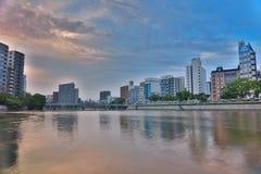 Hiroshima-Skyline und der Fluss in Japan Lizenzfreie Stockfotografie