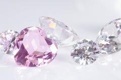 Hirsch und leuchtende Diamanten Stockbilder