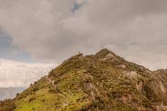 Hirtenlandschaft mit Herde von Schafen und von seinem Schäfer Stockfoto