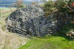 Hirtstein is een berg van Saksen, in zuidoostelijk Duitsland stock afbeeldingen