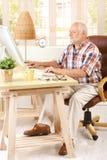 his man senior study working Стоковые Изображения