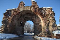 The main gate of Roman times in the town of Hissarya. Hisarya called Diocletianopole, Vatusus Augusta Aria, Termeitissina, Toplitsa has a rich millennial history stock image