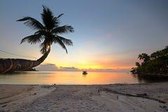 Hisnande solnedgång Arkivfoto