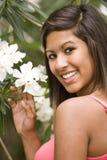 hispanique de fille d'adolescent photographie stock libre de droits