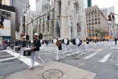 2016 Hispano-Amerikaner-Tagesparade in New York Stockbilder