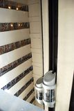hissar inom skyskrapa Royaltyfri Foto
