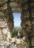 História da Páscoa com uma pomba e um Dungeon Foto de Stock Royalty Free