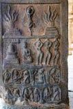 História mitológica de Parvati que tenta satisfazer Lord Siva, colunas internas, agra-mandapa, templo de Airavatesvara, Darasuram foto de stock