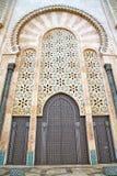histórico en la madera constructiva antigua de África del estilo de Marruecos y ilustración del vector
