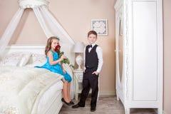 Histoire d'amour d'enfants Image libre de droits