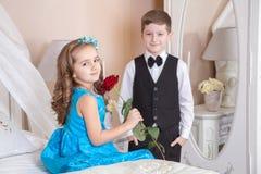 Histoire d'amour d'enfants Photographie stock