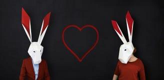 Histoire d'amour heureuse de lapins de valentines Photo libre de droits
