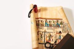 Historia de Egipto en los dibujos en el papiro foto de archivo libre de regalías