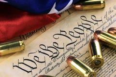 Historia de la segunda enmienda - balas en Declaración de Derechos Fotografía de archivo libre de regalías