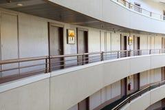 Historias en hotel grande Imágenes de archivo libres de regalías