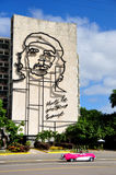 Historic building in Cuba with the image from Che Guevara Royalty Free Stock Images