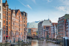 Historic buildings on both sides of Nikolaifleet channel in Hamburg, Germany Stock Photography