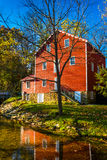 The historic Cross Mill, in rural York County, Pennsylvania. Royalty Free Stock Photos