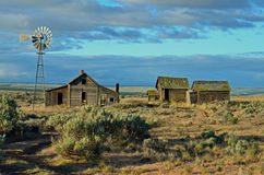 Historic Farm House  Along The Oregon Trail. This is a old homestead in the out back of northern Oregon Stock Photo