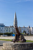 Historic gun at the seaside of Dublin Bay in Dún Laoghaire, Ire Stock Photos