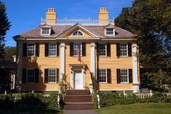 Henry Wadsworth Longfellow house. The Historic Henry Wadsworth Longfellow yellow House stands in Cambridge Massachusetts stock photos