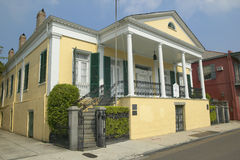 Historic old yellow home in French Quarter of New Orleans, Louisiana Royalty Free Stock Photos